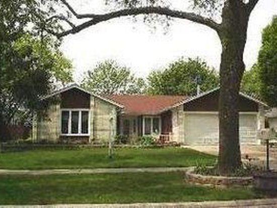 262 Evergreen Ln, Bloomingdale, IL 60108