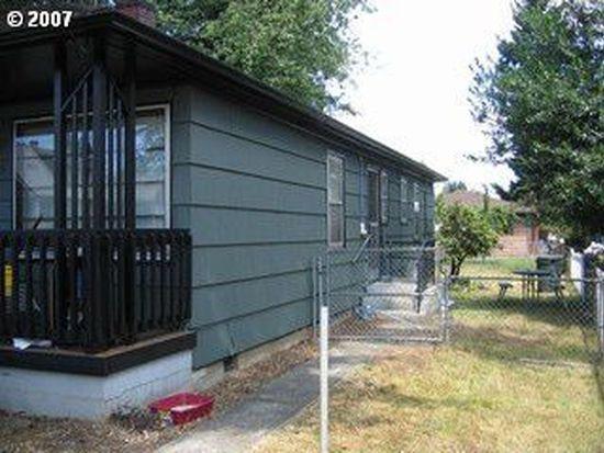 7923-7925 SE Woodstock Blvd, Portland, OR 97206
