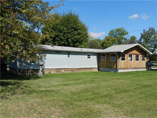 959 Mosser Dr, New Castle, PA 16101