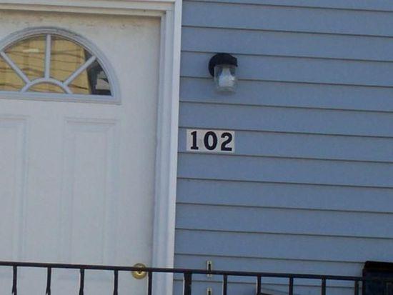 102 Potomska St, New Bedford, MA 02740