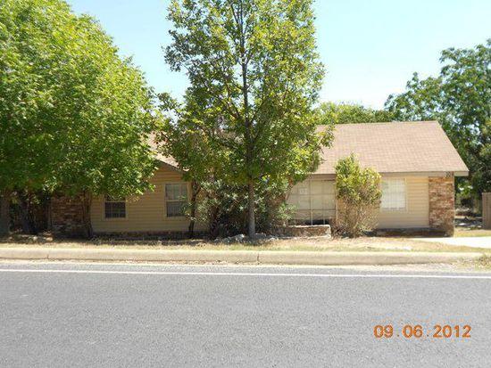 106 Ranchero Rd, Kerrville, TX 78028