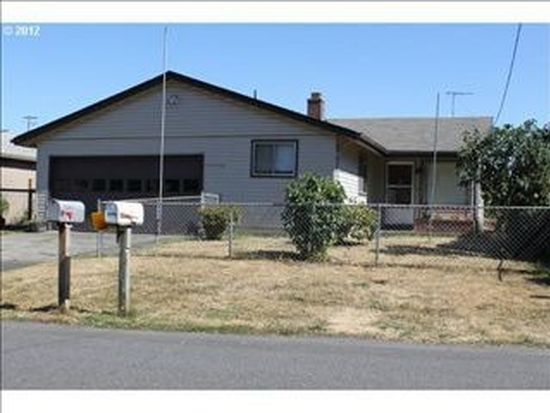 52418 SW 3rd St, Scappoose, OR 97056