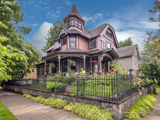 2036 SE Taylor St, Portland, OR 97214