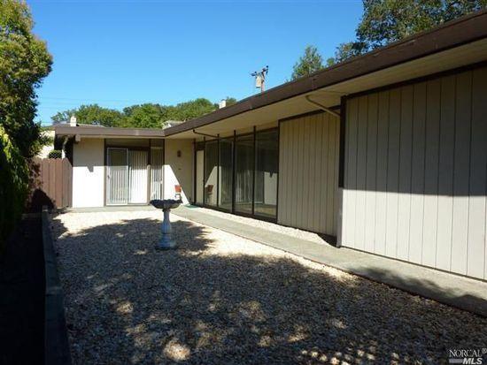 1037 Greenwood Dr, Novato, CA 94947