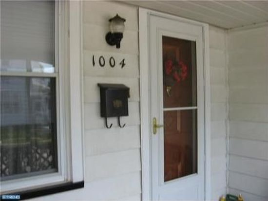 1004 W 4th St, Florence, NJ 08518