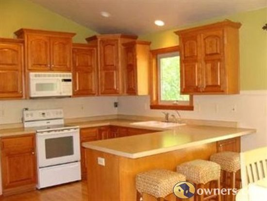551 Fawnwood Dr, Wrightstown, WI 54180