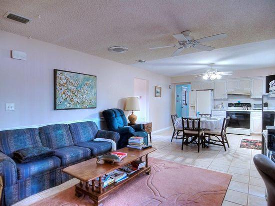 250 Maple Dr, Satellite Beach, FL 32937