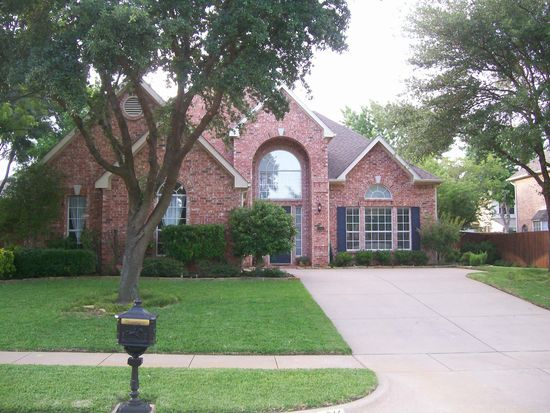 2816 Lake Breeze Ln, Flower Mound, TX 75022