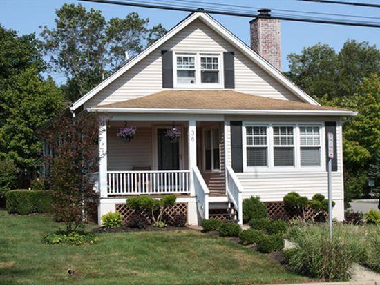 38 Peapack Rd, Far Hills, NJ 07931
