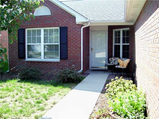 8437 Somerville Dr, Indianapolis, IN 46216