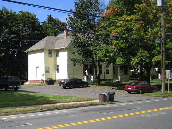 150 W Main St, Plainville, CT 06062