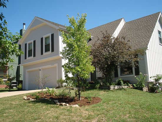 11637 Cody St, Overland Park, KS 66210