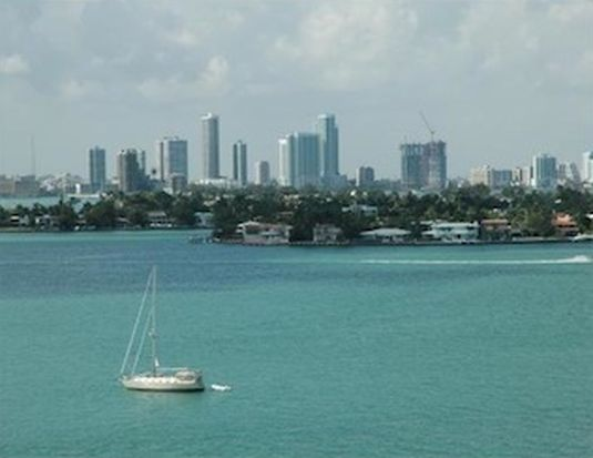 1500 Bay Rd APT 742, Miami Beach, FL 33139