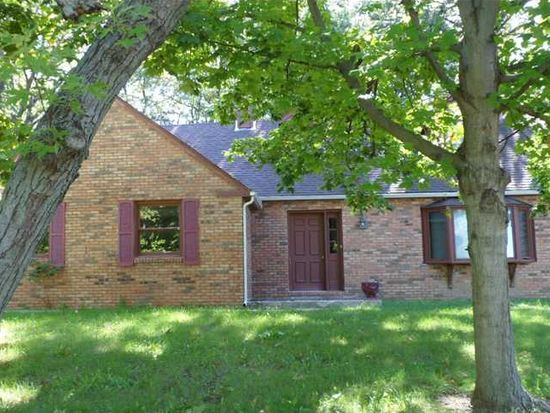 2604 Chesterfield Pl, Anderson, IN 46012