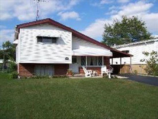 920 E Crockett Ave, Addison, IL 60101