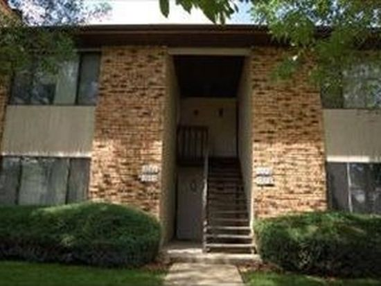 1080 Manchester Ct, South Elgin, IL 60177