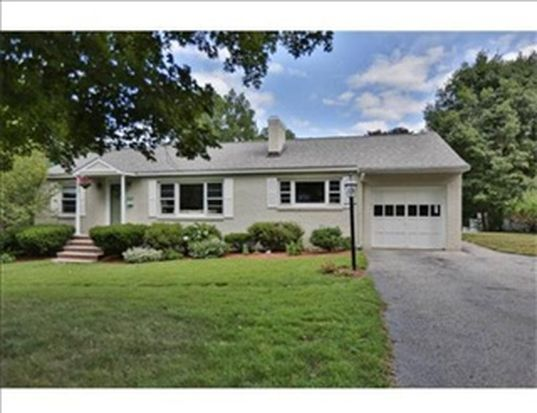 92 Lowell St, Andover, MA 01810