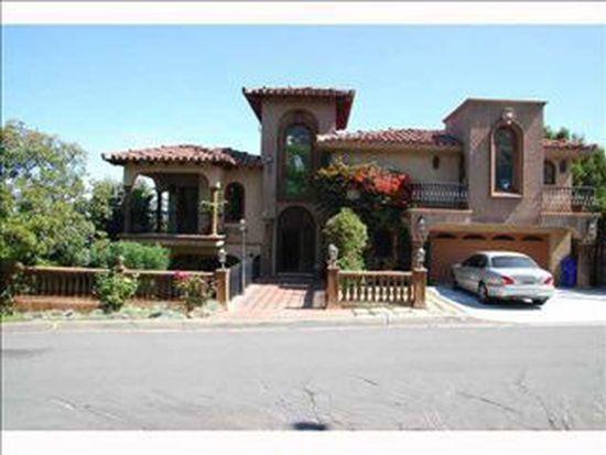 2 E Roseland Dr, La Jolla, CA 92037