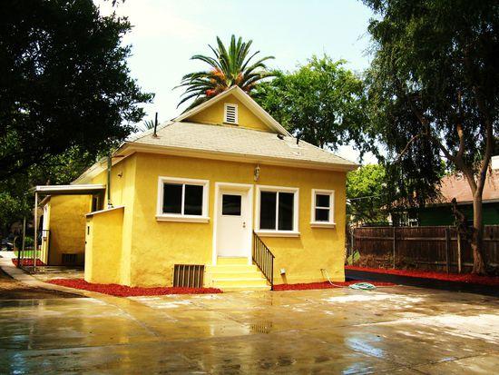 986 N Summit Ave, Pasadena, CA 91103