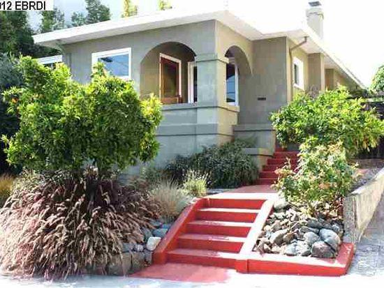 867 Warfield Ave, Oakland, CA 94610