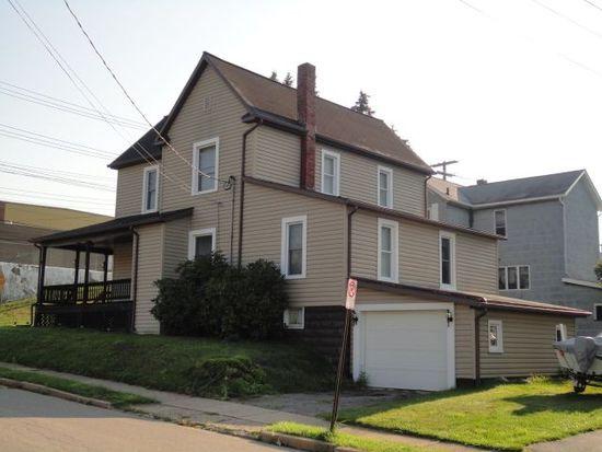 302 Park St, Grove City, PA 16127