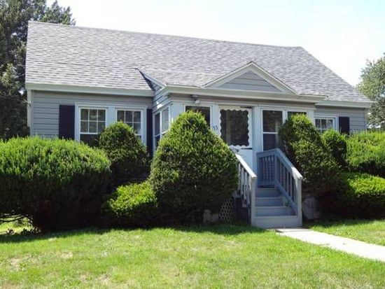 55 Allengate Ave, Pittsfield, MA 01201