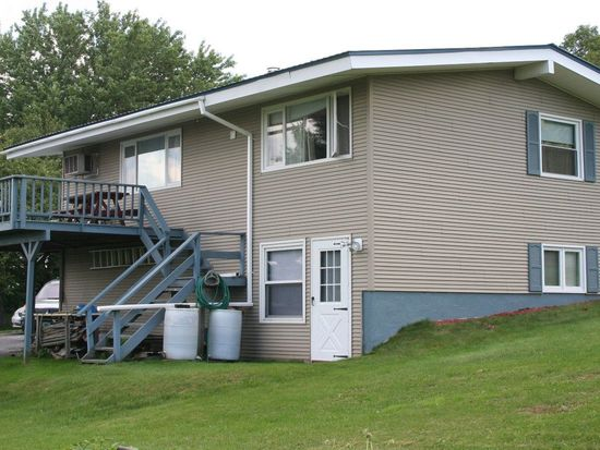 71 Bailey St, Barre, VT 05641