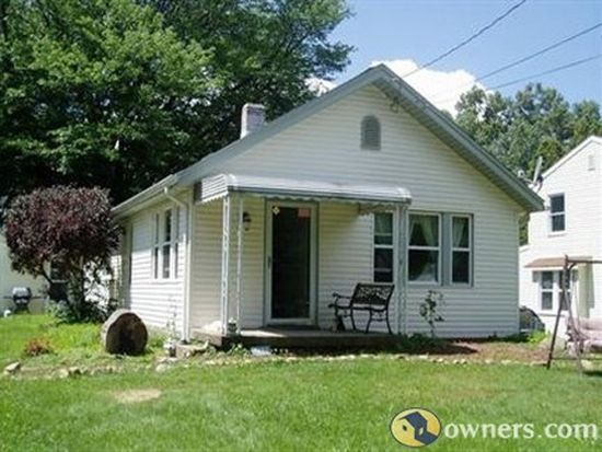 3190 S Bender Ave, Akron, OH 44319