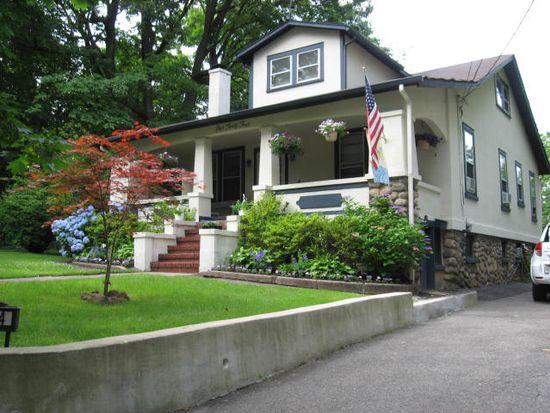 144 Ridge Ave, Park Ridge, NJ 07656