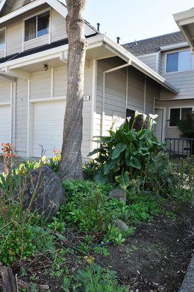 33 Meadowbrook Ct, Cotati, CA 94931