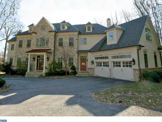 535 Country Club Rd, Phoenixville, PA 19460