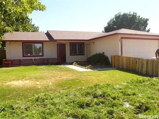 1004 Kennedy Dr, Winters, CA 95694
