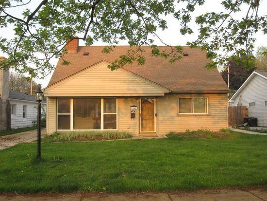 7462 N Vernon St, Dearborn Heights, MI 48127