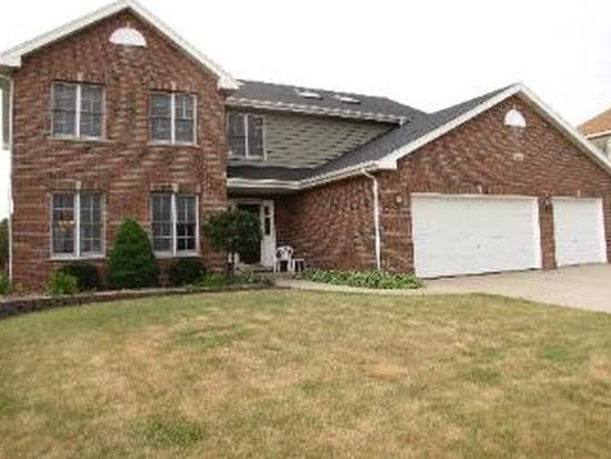 2412 High Meadow Rd, Naperville, IL 60564