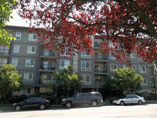 3015 SW Avalon Way APT 101, Seattle, WA 98126