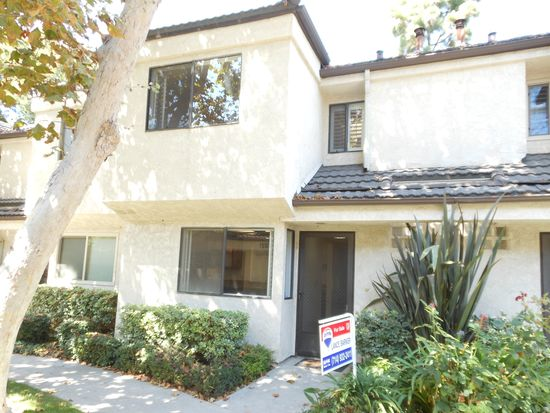 16922 Lakefront Cir UNIT 60, Huntington Beach, CA 92647