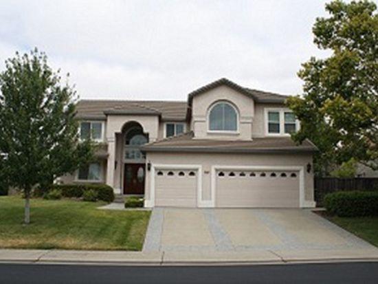 5252 Silver Peak Ln, Rocklin, CA 95765