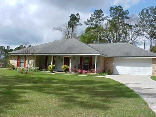 93 Covered Bridge Rd, Carriere, MS 39426