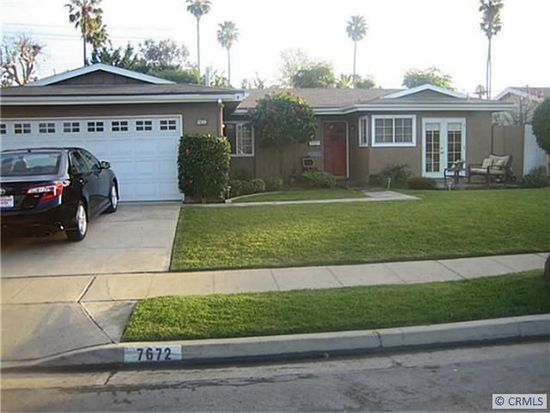 7672 Taylor Dr, Huntington Beach, CA 92648
