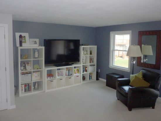200 Heroux Blvd UNIT 402, Cumberland, RI 02864
