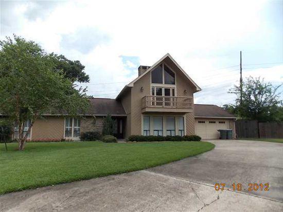 18 Dowlen Pl, Beaumont, TX 77706