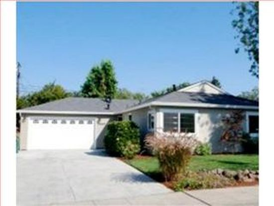 2689 Carolina Ave, Redwood City, CA 94061