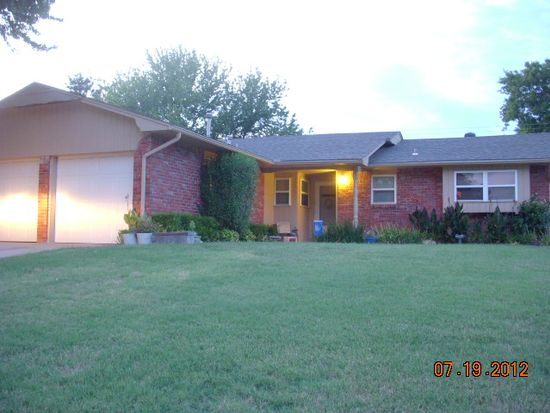 5609 NW 59th St, Warr Acres, OK 73122