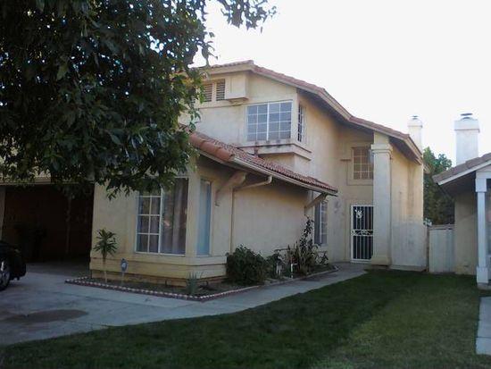 1145 Martinez Ln, Colton, CA 92324