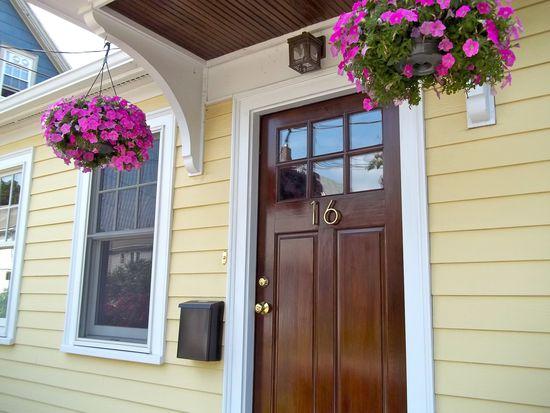 16 Churchill Ave, Cambridge, MA 02140