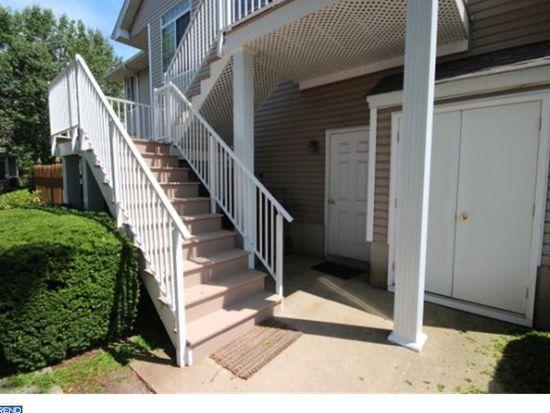 51 Birchwood Rd, Bedminster, NJ 07921