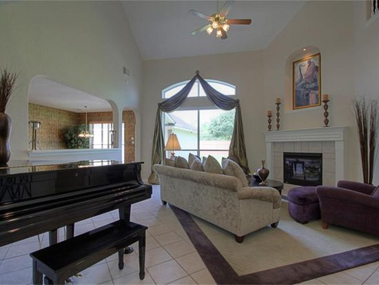 3010 Haverling Dr, Pearland, TX 77584