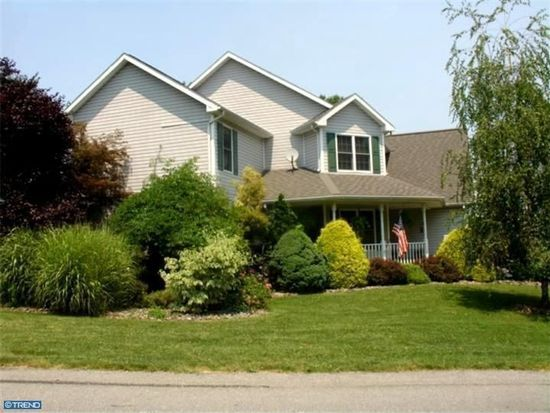 1735 Meade St, Reading, PA 19607