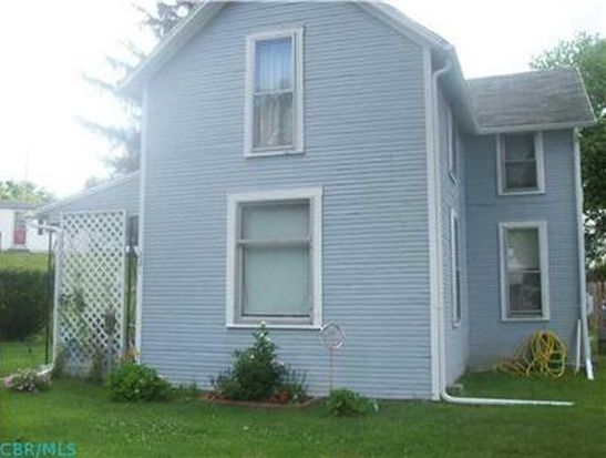 221 N Baker Ave, Lancaster, OH 43130