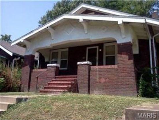 8545 Concord Pl, Saint Louis, MO 63147